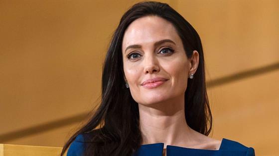 Que Angelina Jolie quiere regresar con Brad Pitt