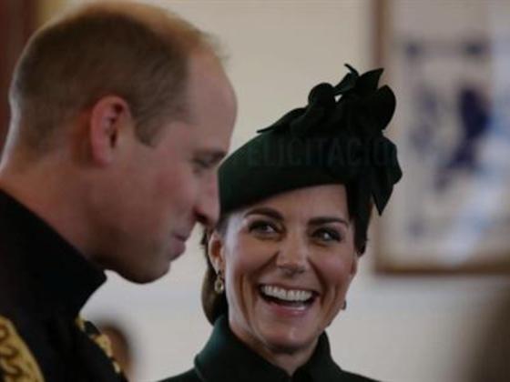 La criticada felicitación del príncipe William y Kate Middleton a la reina Isabel