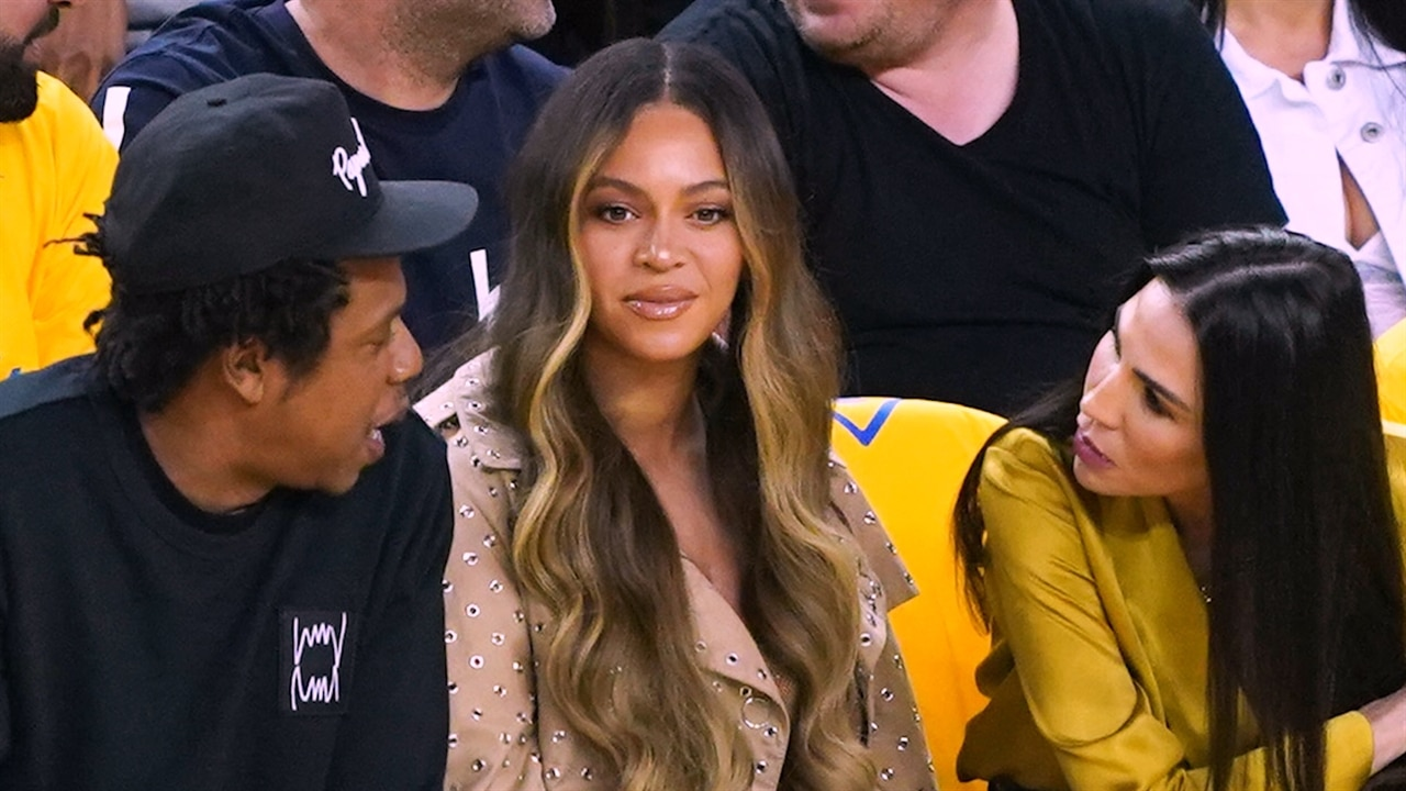 Beyoncé's Publicist Speaks Out After That Viral Side-Eye Moment