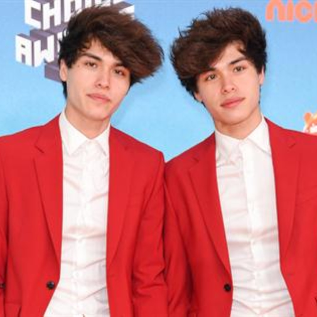 YouTube Duo Stokes Twins Charged for Bank Robbery Pranks