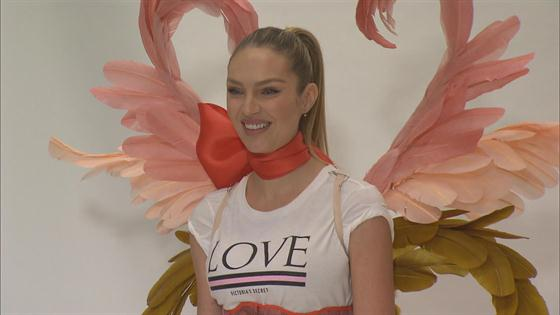 92eb8feb78 How Candice Swanepoel Got Runway Ready for the 2018 Victoria s Secret  Fashion Show