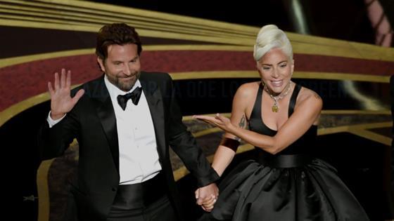 Difunden imágenes de Lady Gaga en casa de Bradley Cooper