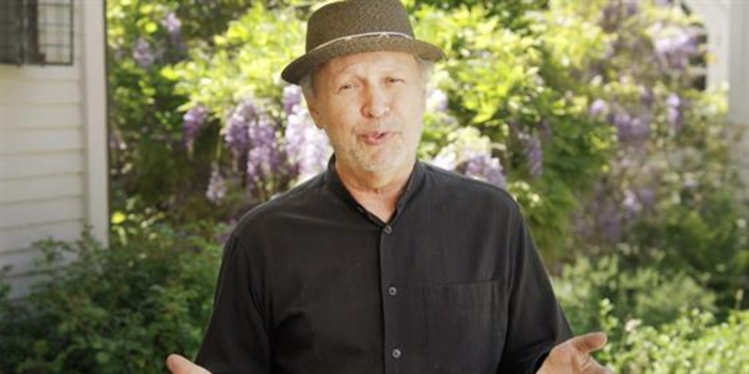 """Billy Crystal Reflects on Past Year in NBC's """"Roll Up Your Sleeves"""" - E! Online.jpg"""