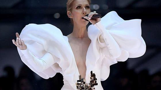 Céline Dion recreó la emblemática escena de la película