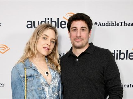 Jason Biggs' Wife Accidently Fractures Son's Skull