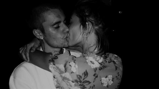 Justin Bieber presume extravagante regalo de cumpleaños para su esposa