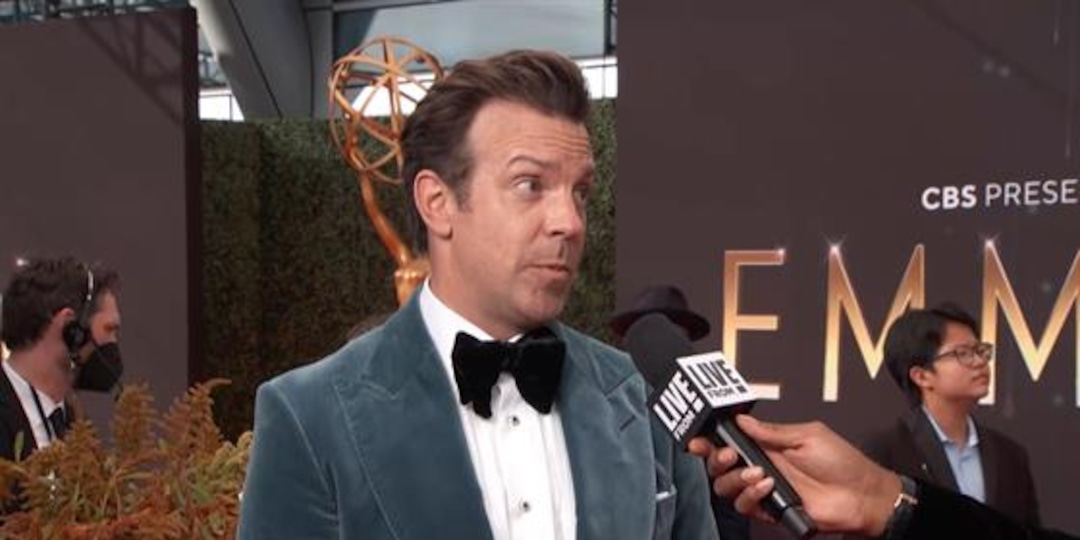 What Pep Talk Would Ted Lasso Give Jason Sudeikis at Emmys? - E! Online.jpg