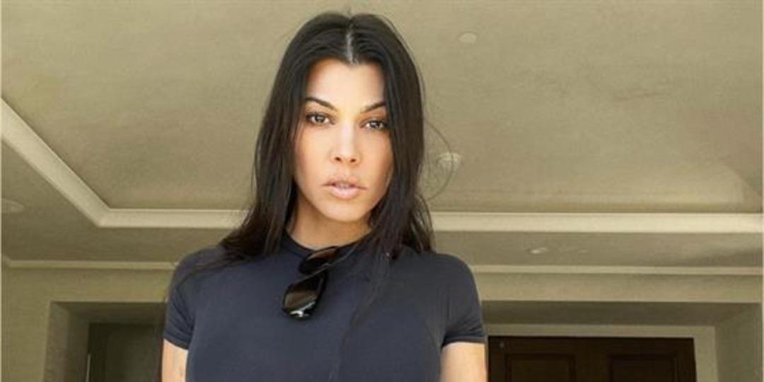 Kourtney Kardashian's SEXY Pics Have Travis Barker Swooning - E! Online.jpg