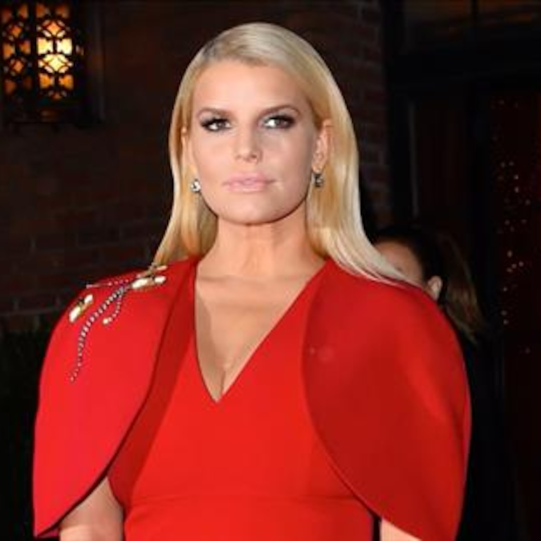 Jessica Simpson Recalls Moment She Ditched Her Scale