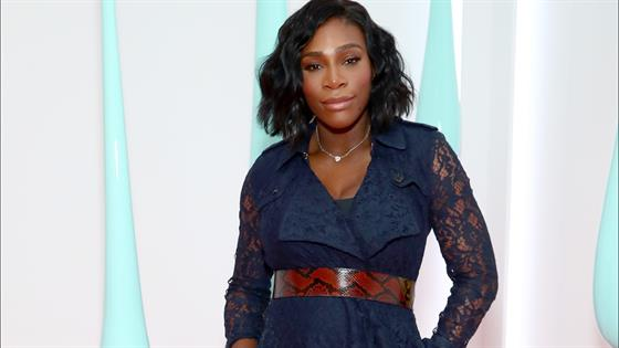 e1411b3d38e Serena Williams Shows Stunning Wedding Ring in Cute Pic of Baby Alexis