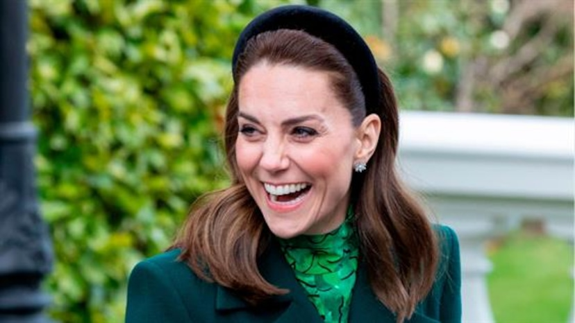 kate middleton surprises young tennis fans with visit from andy murray e online ap how kate middleton s keeping calm after harry meghan s exit