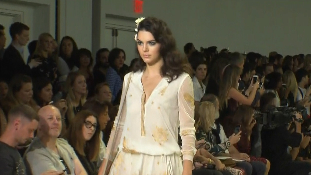 Let's Talk About the Time 2 Tortoises Had Sex Right in the Middle of New York Fashion Week