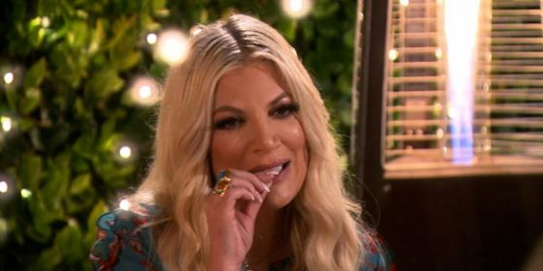Watch Tori Spelling Eat Not One--But Two Tequila Worms! - E! Online.jpg