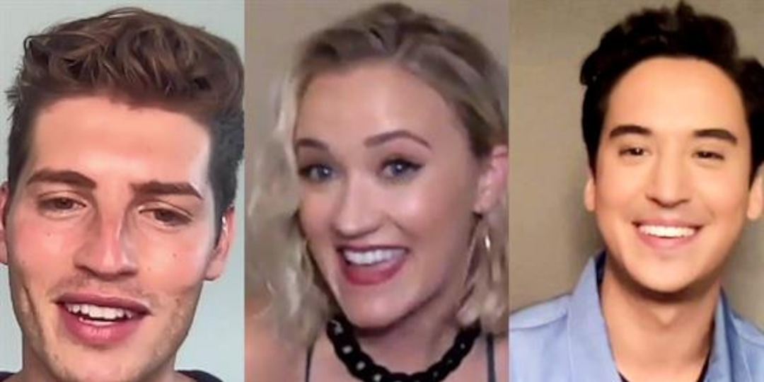 "Netflix's ""Pretty Smart"" Cast Address Stereotypes in New Series - E! Online.jpg"
