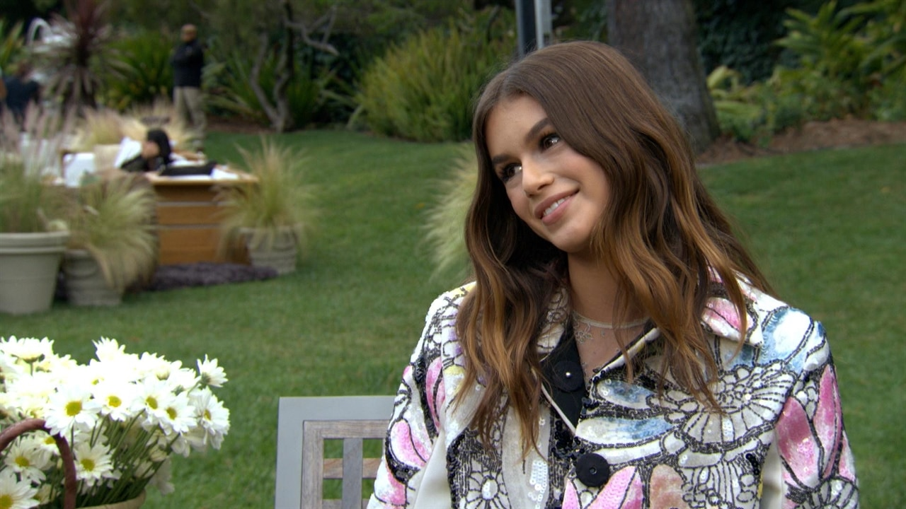 Find Out What Cindy Crawford's Modeling Advice Is for Daughter Kaia Gerber