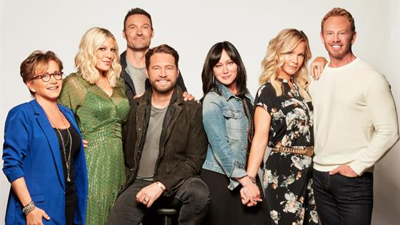 Así fue el reencuentro de 'Beverly Hills 90210 — FOTOS